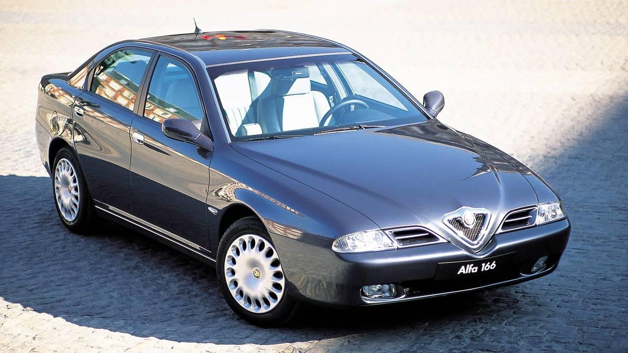 Alfa Romeo 166. la storia
