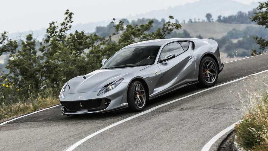 El Ferrari 812 GTO se deja ver, fugazmente, en Maranello