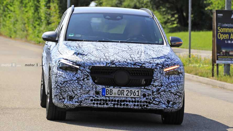 2021 Mercedes-AMG GLA 35 spy photos