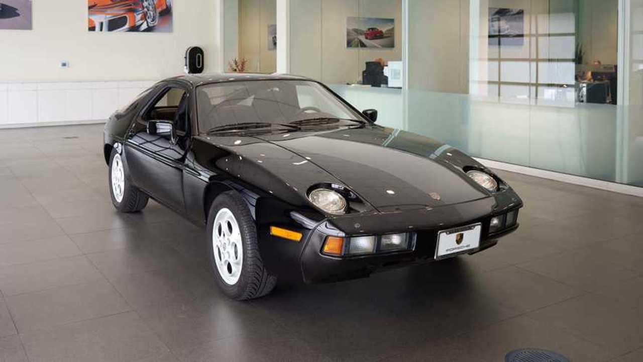 Brilliant Black 1982 Porsche 928 Coupe Combines Power And Luxury