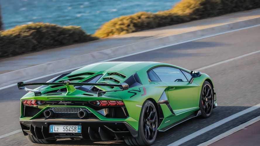 221 adet Lamborghini Aventador SVJ modeli geri çağrılıyor