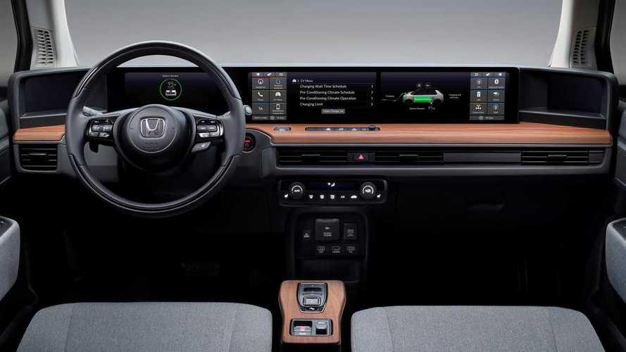 Honda e - Cinq écrans et une connectivité avancée