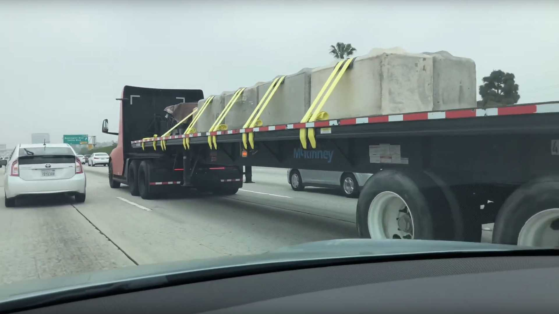 Tesla Semi Spotted Hauling Big Open Load