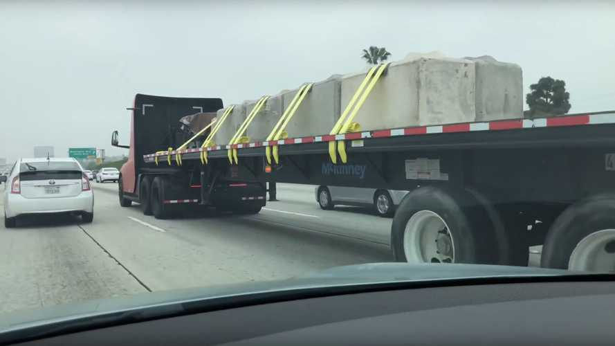 Tesla Semi Spotted Hauling Big Open Load: Video