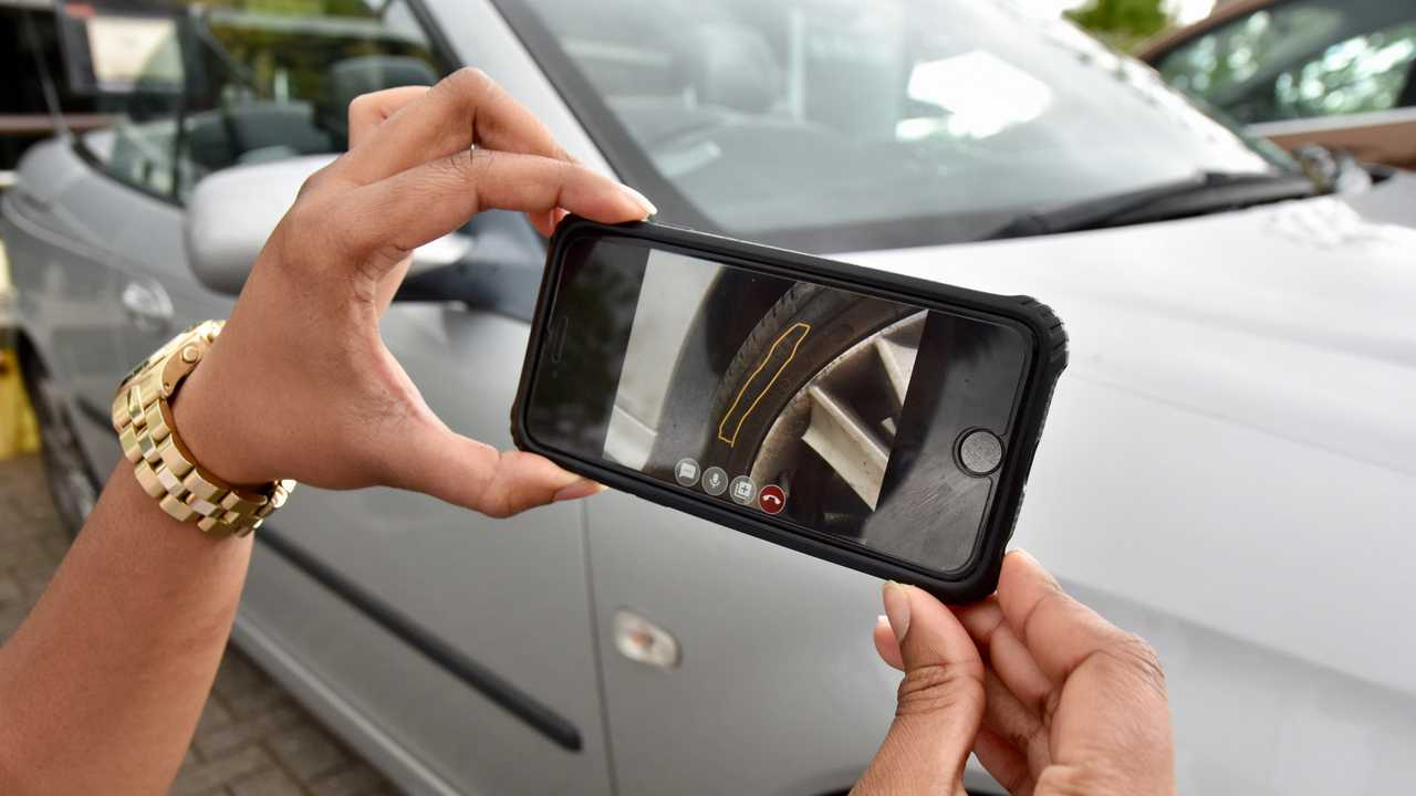 RAC smartphone video roadside support