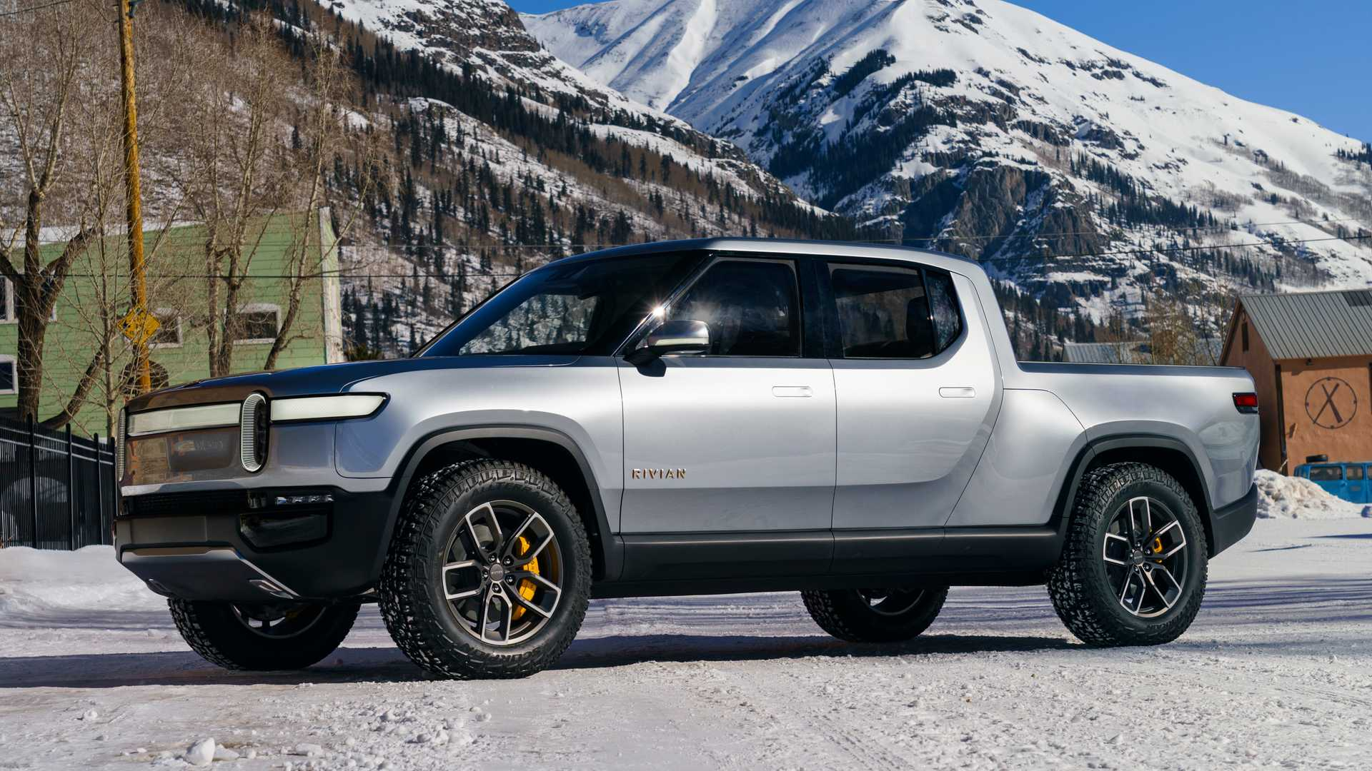 Rivian R1T Electric Truck - cover