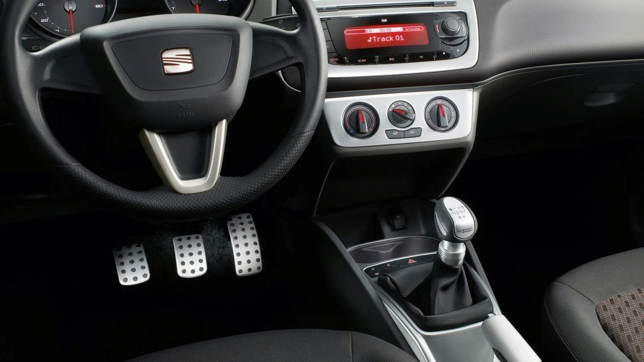 Seat Ibiza interior style pack | Motor1.com Photos