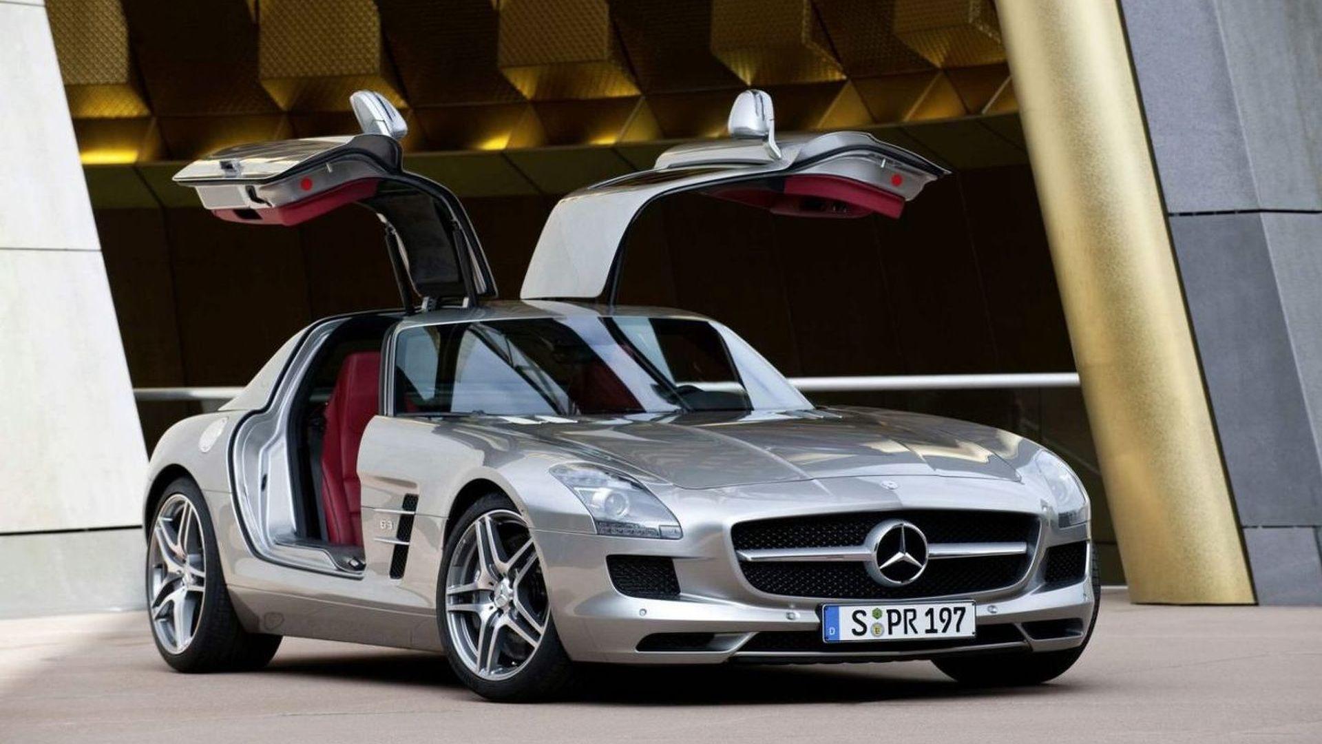 Mercedes продал два суперкара SLS в 2020 году, через шесть лет после окончания производства