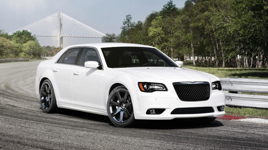 2012 Chrysler 300C SRT8 rolls into New York