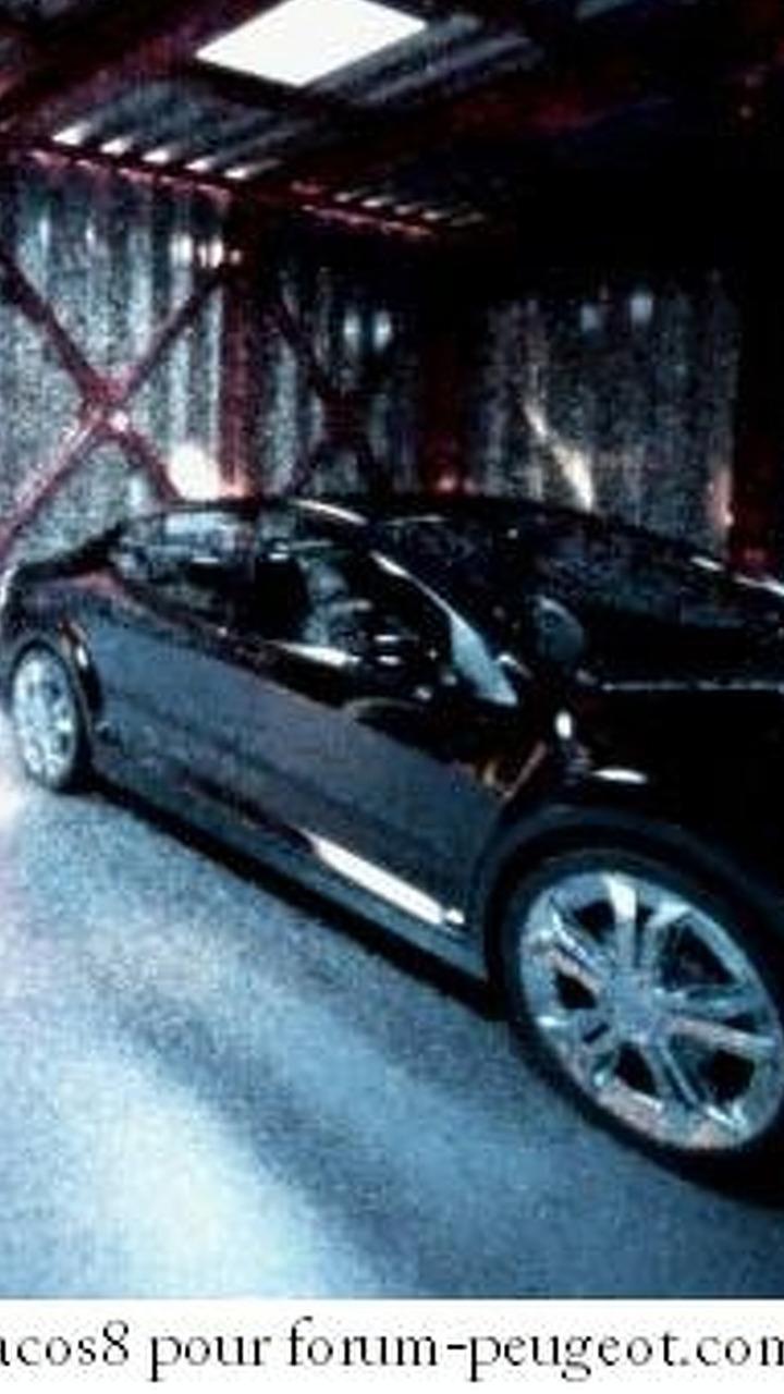 Peugeot 408 sedan spy photo
