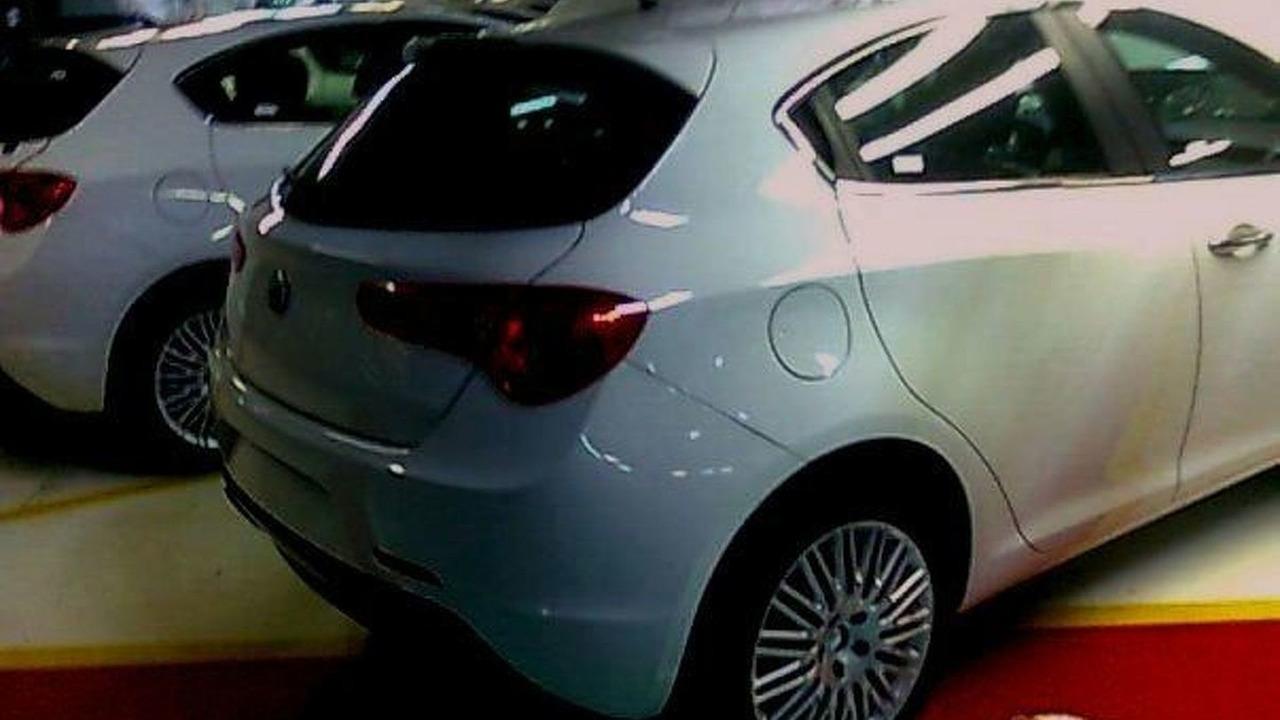 Alfa Romeo Milano Spy Photos In Factory Motor1 Com Photos