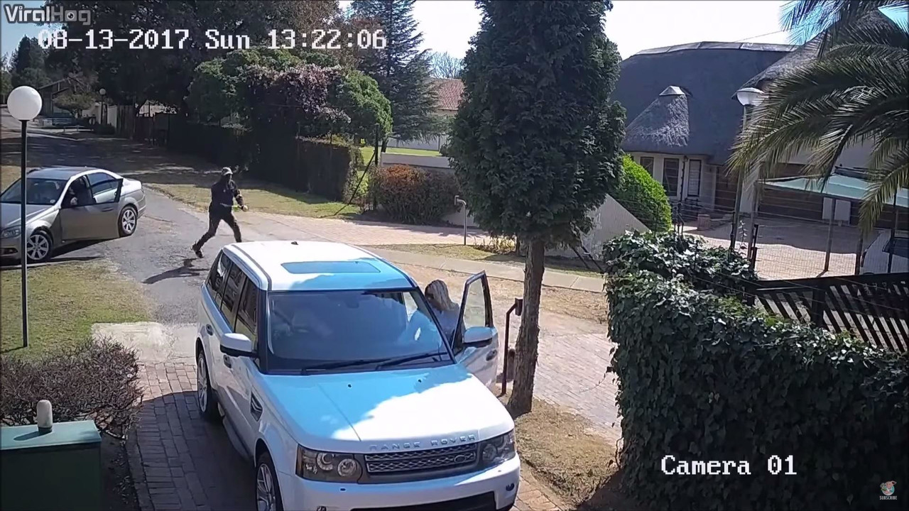 Range Rover Hijack Attempt