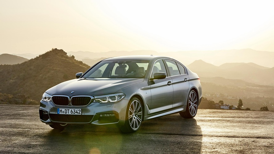 2017 BMW 540i: 6 resmi video ile yakından bakış