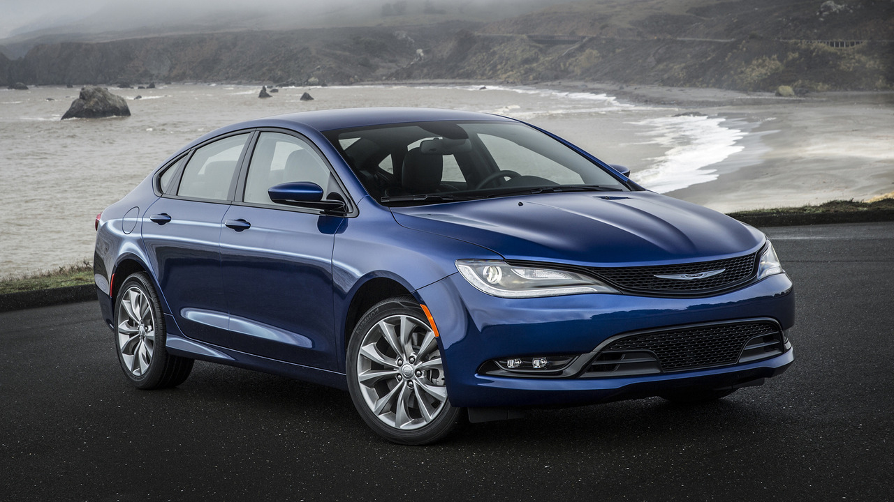 2017 Dodge Dart >> Chrysler 200 Lives Dodge Dart Dies For 2017