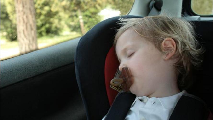 Come trasportare i bambini in auto, taxi o mezzi pubblici