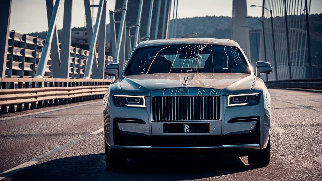 Rolls-Royce Ghost Ön Cephe